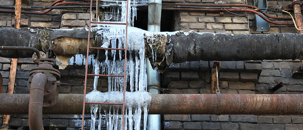 Frozen Pipes: Signs to Look for During the Winter